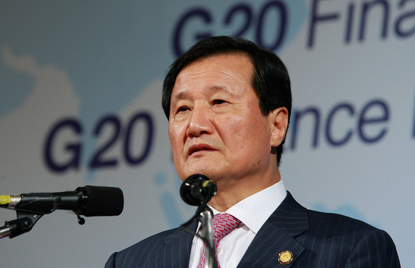 G-20 Finance Ministers And Central Bank Governors Meeting Concludes: BUSAN, SOUTH KOREA - JUNE 05:  South Korean Finance Minister Yoon Jeung-Hyun speaks during a press conference at the G-20 Financial Ministers and Central Governors meeting at Grand Hotel on June 5, 2010 in Busan, South Korea. G-20 countries discussed to tackle financial crisis caused by IMF's intervention to Greece and to achieve sustainable global growth.  (Photo by Chung Sung-Jun/Getty Images)
