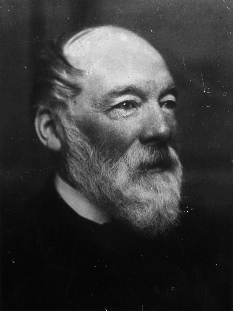 circa 1880:  Scottish surgeon, writer and social reformer Samuel Smiles (1812 - 1904), author of the instructive books 'Self-Help' and 'Illustrations of Character and Conduct'.  (Photo by Frederick Hollyer/Hulton Archive/Getty Images)