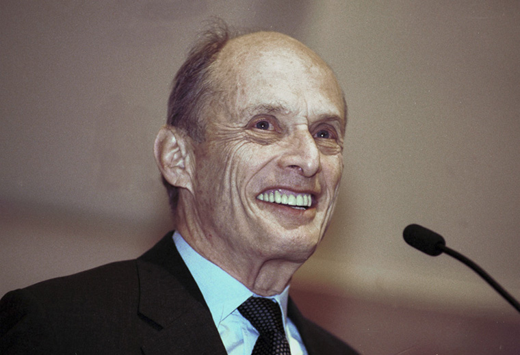 379934 03: Paul Greengard, a professor at The Rockefeller University's Laboratory of Molecular and Cellular Neuroscience, smiles at Rockefeller University in New York City October 9, 2000. Others are not identified. Greengard, along with Eric Kandel of Columbia University and Arvid Carlsson, of the University of Goteborg in Sweden, won the 2000 Nobel Prize in Physiology and Medicine. (Photo by Chris Hondros/Newsmakers)
