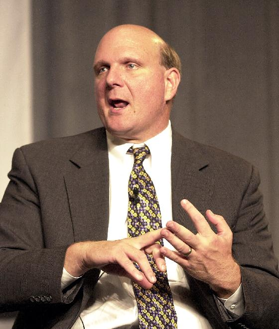 SLP2000071301-13 JULY 2000- ST. LOUIS, MISSOURI, USA:  Steve Ballmer, President and Chief Executive Officer of Microsoft Corporation, makes a point during a Regiolnal Commerce and Growth Asocaition Town Hall Forum, at Americas Center, July 13.   bg/Bill Greenblatt  UPI