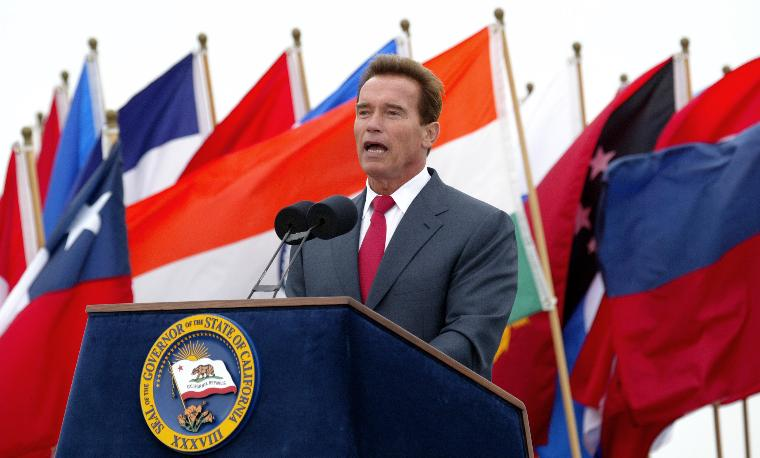 SCHWARZENEGGER SIGNS BILL FOR REDUCTION OF GREENHOUSE GASES: California Governor Arnold Schwarzenegger, speaks before signing the California Global Warming Solutions Act of 2006, to reduce California's greenhouse gas emissions, on Treasure Island in San Francisco, on September 27, 2006.   (UPI Photo/Ken James)