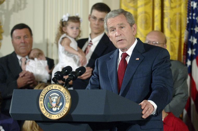 BUSH SPEAKS ON STEM CELL: President George W. Bush speaks on Stem Cell Research Policy in the East Room of the White House in Washington on July 19, 2006. Bush was joined by children who were adopted as frozen embryos and their families. Earlier today the President used the first veto of his presidency to stop legislation allowing federal funding for embryonic stem-cell research earlier. (UPI Photo/Kevin Dietsch)