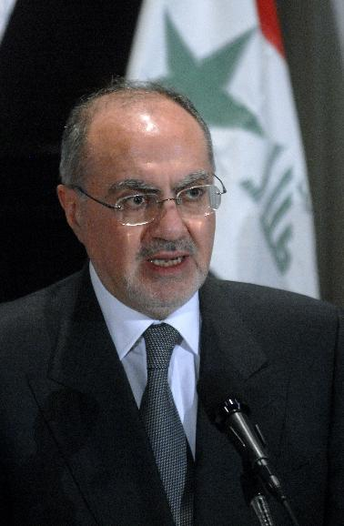 ALI ALLAWI SPEAKS ON THE IRAQ WAR IN WASHINGTON: Ali Allawi, senior adviser to Iraqi Prime Minister Nuri Kamal al-Malaki, discusses the effects that the war is having on Iraq during a news conference in Washington on April 9, 2007. (UPI Photo/Kevin Dietsch)