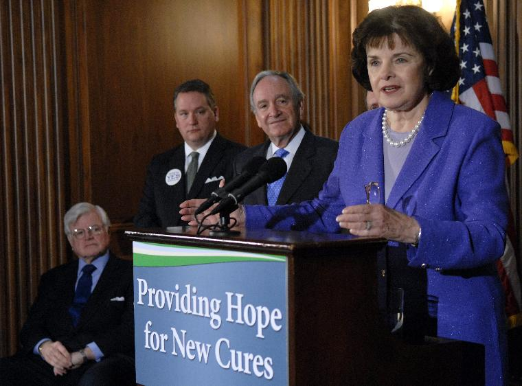 SENATORS SPEAK ON THE STEM CELL VOTE IN WASHINGTON: Sen. Dianne Feinstein (D-CA) (R) speaks on the upcoming Senate debate and vote on the Stem Cell Research Enhancement Act, at a press conference in Washington on April 10, 2007. The new legislation would allocate federal funding to stem cell research from donated embryos and would keep the harvesting off embryos illegal. Feinstein was joined by Sen. Tom Harkin (D-IA) (2nd-R), Sean Tipton President of the Coalition for the Advancement of Medical Research (2nd-L) and Sen. Edward Kennedy (D-MA) (L). (UPI Photo/Kevin Dietsch)