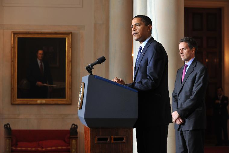 President Obama and Treasury Secretary Geithner speak on Executive Compensation in Washington: President Barack Obama (L) delivers remarks on executive compensation alongside Treasury Secretary Tim Geithner at the White House in Washington on February 4, 2009. Obama placed a half-million dollar cap on compensation for executives of companies that take bailout money.  (UPI Photo/Kevin Dietsch)