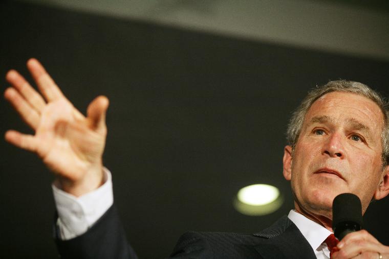 BUSH SPEAKS ON THE WAR ON TERROR: U.S. President George W. Bush speaks to an audience about the global war on terror at Johns Hopkins University School of Advanced International Studies in Washington on April 10, 2006.   (UPI Photo/G. Fabiano/POOL)